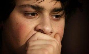 """Lorenzo Delloye, le fils d'Ingrid Betancourt, a estimé que Bogota avait fait """"l'un des premiers gestes depuis six ans"""" mais que cela n'était """"pas assez concret""""."""