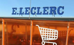 Une responsable de l'hypermarché Leclerc de Castres a été kidnappée chez elle et obligée d'ouvrir le coffre du magasin.