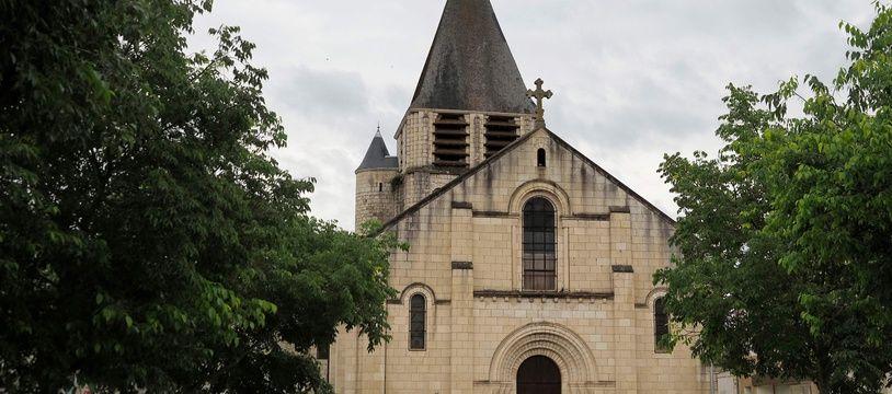 L'église de Chauvigny dans la Vienne, le 10 mai 2020.