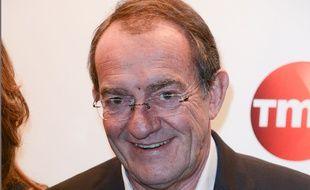 Dans son JT, Jean-Pierre Pernaut a opposé les migrants aux sans-abris