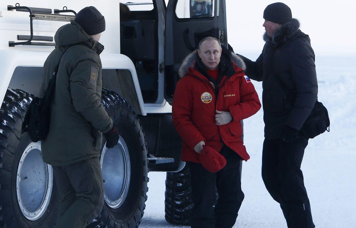 Le président russe, Vladimir Poutine, en visite dans l'Arctique le 29 mars 2017.  – SERGEI KARPUKHIN / POOL / AFP