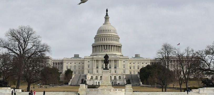 Washington a accusé pour la première fois directement le gouvernement russe d'être derrière des cyberattaques qui sont parvenues à accéder aux systèmes de contrôle de certaines infrastructures ultra-sensibles aux Etats-Unis, le 16 mars 2018.