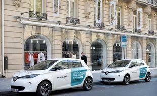 Renault a profité du champ laissé libre par la disparition d'Autolib pour lancer son service Moov'in. Il sera bientôt rejoint par d'autres proposés par PSA et Smart notamment.