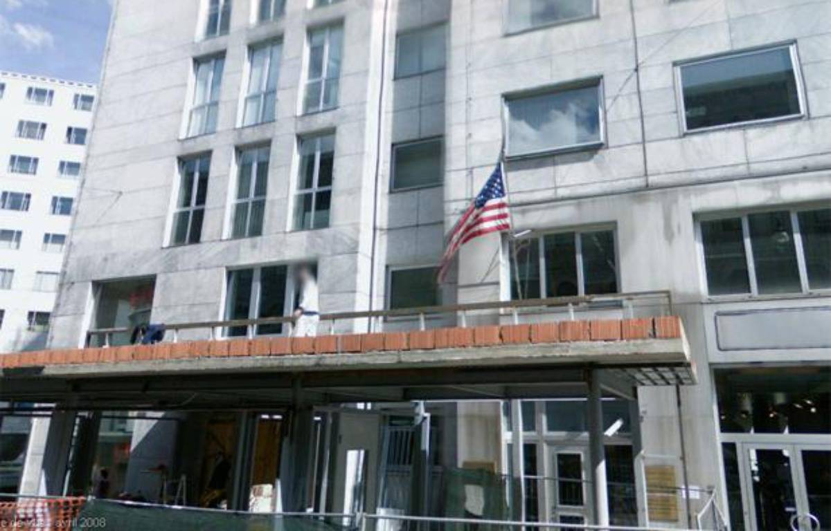 La façade du consulat des Etats-Unis à Milan, dans le nord de l'Italie, où a eu lieu l'alerte à la bombe, le 6 août 2013 – Capture Google Street View
