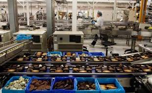 L'usine Delacre, fabricant de la fameuse cigarette russe, fête ses 50  ans. La marque, qui appartient au groupe britannique United Biscuits,  est leader en France sur le marché des assortiments. Nieppe, le 24 novembre 2011.