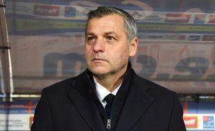 Bruno Genesio, ici lors du dernier match de l'OL en Ligue 1, dimanche à Montpellier (1-1).  PASCAL GUYOT
