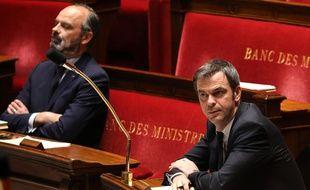 Paris, le 14 avril 2020. Olivier Véran, le ministre de la Santé, et Edouard Philippe à l'Assemblée nationale.
