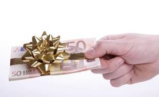 En famille, la donation d'argent ou de biens bénéficie d'une fiscalité très avantageuse.
