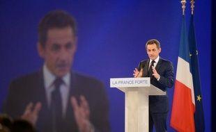 Le président-candidat Nicolas Sarkozy a menacé dimanche, s'il est réélu, de sortir la France des accords de Schengen sur la libre-circulation dans l'Union européenne (UE) afin de lutter contre l'immigration clandestine qu'il estime mal contrôlée par certains pays européens.