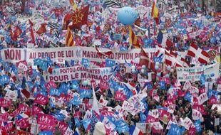 Les manifestants contre le «mariage pour tous», à Paris, le 24 mars 2013.