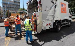 Un camion-poubelle à Marseille. (Illustration)