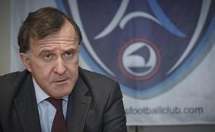 Le président du Paris FC, Pierre Ferracci, ici lors d'une conférence de presse le 8 janvier 2013.