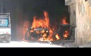 Des combats sporadiques opposaient mardi des soldats de l'armée régulière aux déserteurs de l'Armée syrienne libre à Damas, tandis que les troupes poursuivaient leurs opérations à travers le pays, provoquant la mort d'au moins neuf civils, selon un militant et une ONG.