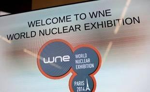 Le logo du salon mondial de la filière nucléaire, le 14 octobre 2014 au Bourget