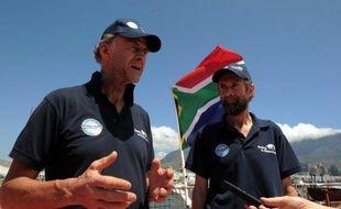 Un aventurier britannique âgé de 68 ans, Sir Ranulph Fiennes, victime d'engelures, a décidé d'abandonner son équipe qui tente une traversée du continent Antarctique en hiver, sans assistance et sans secours possible.