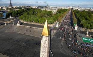 Vue générale de la place de la Concorde par où sont passés les coureurs du marathon de Paris, le 6 avril 2014
