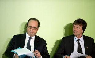 François Hollande et Nicolas Hulot à Manille aux Philippines, le 26 février 2015.