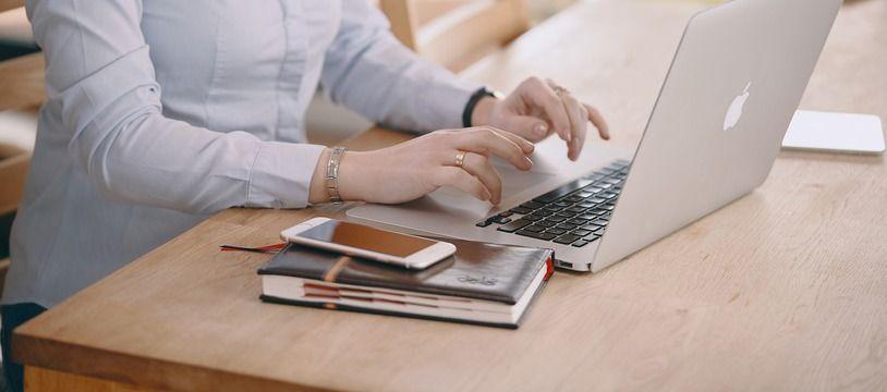 De plus en plus d'entreprises respectent l'obligation de publier leur index d'égalité professionnelle femmes/hommes, selon le bilan publié lundi par le ministère du Travail.