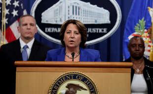La ministre adjointe de la justice Lisa Monaco fait le point à Washington sur la rançon versée par Colonial Pipeline à des hackers, en partie récupérée par le FBI.