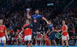 Shoot of Luka Karabatic of The Experts. Golden League competition 2016 at AccorHotels Arena, before the Euro competition from 15 to 31 January, 2016 in Poland. Match the January 9th, 2016 between French Handball team The Experts and Danemark team. Victory of The Experts 36 to 28. Paris, FRANCE - 10/01/2016/HARSIN_HANDFRANCEDANEMARK44/Credit:ISA HARSIN/SIPA/1601102229