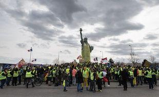 Les «gilets jaunes» de Colmar lors de leur manifestation le 2 mai.