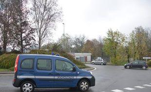 Manifestation des «gilets jaunes» à Pont-de-Beauvoisin (Savoie) où une manifestante est morte fauchée par une voiture dans un rond point le 17 novembre 2018.