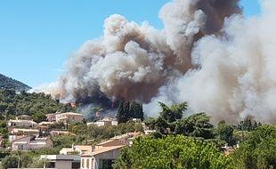 La commune de Carros (Alpes-Maritimes) est particulièrement touchée par les incendies.