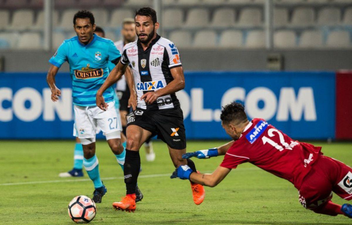Thiago Maia évolue actuellement sous les couleurs du club brésilien de Santos... – Ernesto BENAVIDES / AFP