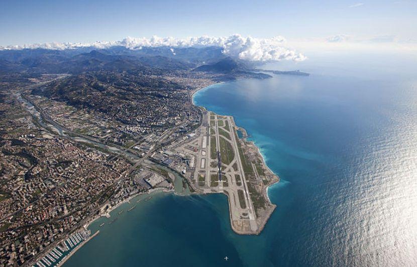 VIDEO. «Des lumières différentes à chaque fois», l'aéroport de Nice conserve sa 3e place au palmarès des plus belles vues à l'atterrissage