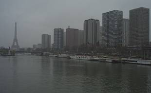 Episode de pollution à Paris, le 15 mars 2014.