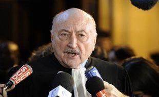 """L'avocat et ancien garde des Sceaux Georges Kiejman a qualifié samedi la mise en examen de Nicolas Sarkozy dans le dossier Bettencourt de """"mauvais coup porté à la justice"""", soulignant les """"invraisemblances"""" dans les charges pesant contre l'ancien chef de l'Etat."""