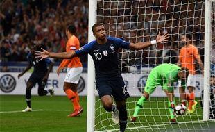 Kylian Mbappé après avoir inscrit le premier but de France-Pays-Bas (2-1).