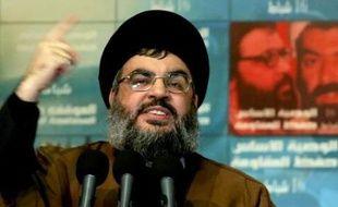 """Les violences à Beyrouth se sont intensifiées après un discours jeudi du chef du Hezbollah Hassan Nasrallah qui a assimilé à une """"déclaration de guerre"""" des décisions du gouvernement contre un réseau de télécommunications installé par son mouvement à travers le pays."""