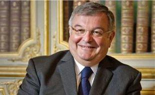 Selon Michel Mercier, le garde des Sceaux, l'objectif de la réforme est de «mieux associer les Français à l'œuvre de justice ».