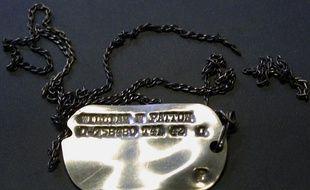 L'historien est accusé d'avoir volé des plaques d'identité de pilotes décédés pendant la seconde guerre mondiale (illustration)