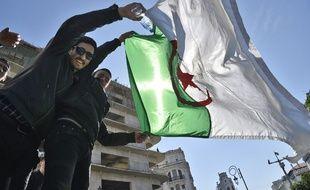 Des manifestants à Alger, le 1er mars 2019.
