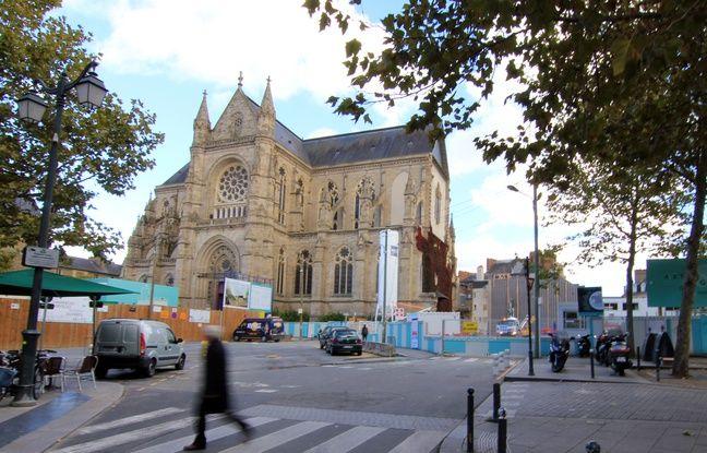 Rennes: Un homme blessé au couteau place Sainte-Anne