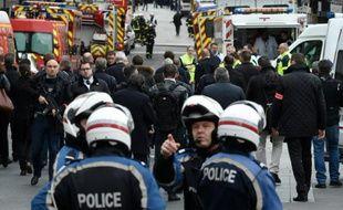 Opération policier antiterroriste à Saint-Denis en lien avec les attentats de Paris, le 18 novembre 2015