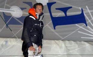 """Michel Desjoyeaux, vainqueur notamment de la Solitaire du Figaro et de la Transat Jacques Vabre, a été sacré """"marin de l'année 2007"""", lors d'une cérémonie lundi soir à Paris."""