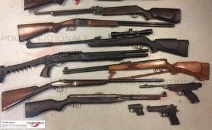 Des armes saisies par la DDSP 67, police nationale, le 2 décembre 2020 à Strasbourg Neuhof.