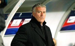 Didier Deschamps constate amèrement la defaite de l'OM face au PSGlors du clasico du 8 avril 2012 au Parc des Princes.