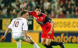 Yoann Gourcuff, ici face à Franck Ribéry en octobre 2004, va rendosser le maillot rouge et noir du Stade Rennais.