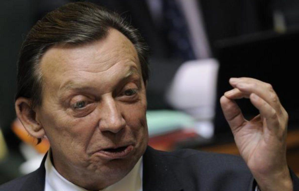 L'ancien ministre socialiste Michel Daerden, 62 ans, une figure populaire et atypique du monde politique belge, est décédé dimanche dans le sud de la France, où il était hospitalisé depuis le 25 juillet après avoir été victime d'un double malaise cardiaque, a annoncé sa famille. – Benoit Doppagne afp.com