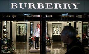 Le groupe de luxe britannique Burberry a détruit environ 31 millions d'euros de produits en 2017.