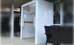 Des sas sécurisés pour accueillir les visiteurs en maison de retraite ont été développés par la société de l'agglomération toulousaine Usipanel.
