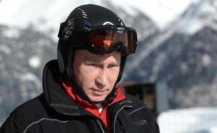 Vladimir Poutine a fait des jeux Olympiques de Sotchi un symbole majeur du retour de la Russie sur le devant de la scène internationale et une opération de prestige personnel, mais le pari est risqué pour le président russe, estiment des experts.
