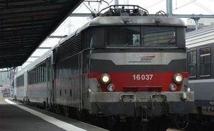 Un train Intercité