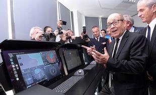 Jean-Yves Le Drian à Ollioules