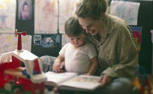 Illustration d'une baby-sitter.