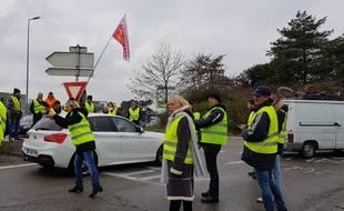 Un rassemblement de gilets jaunes samedi 24 novembre à Haguenau, dans le Bas-Rhin.